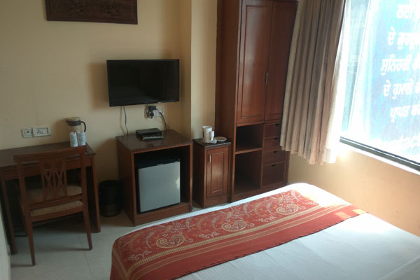 Deluxe Room,                                     HOTEL INDUS AMRITSAR - Budget Hotels in Amritsar